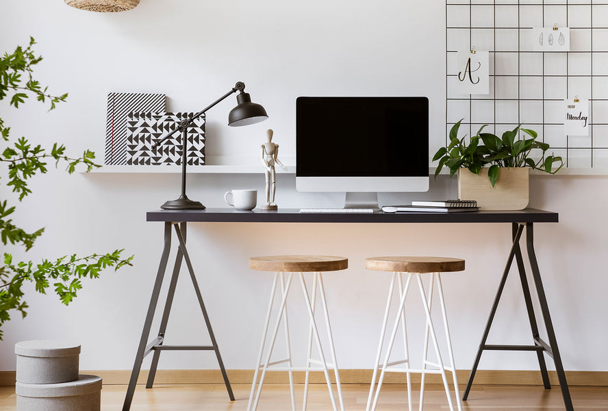Increased productivity is just one of many reasons to stay organized at work. Desk organization helps save you time, improve creativity, and may even create a feeling of professionalism and control when your coworkers or boss pass by.