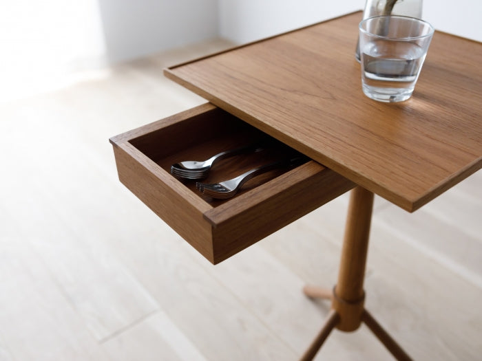 HARVARD STAND WITH DRAWER