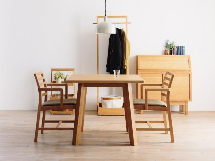 CORNICE SQUARE DINING TABLE 085