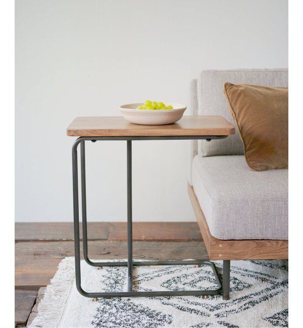 LILLE SIDE TABLE