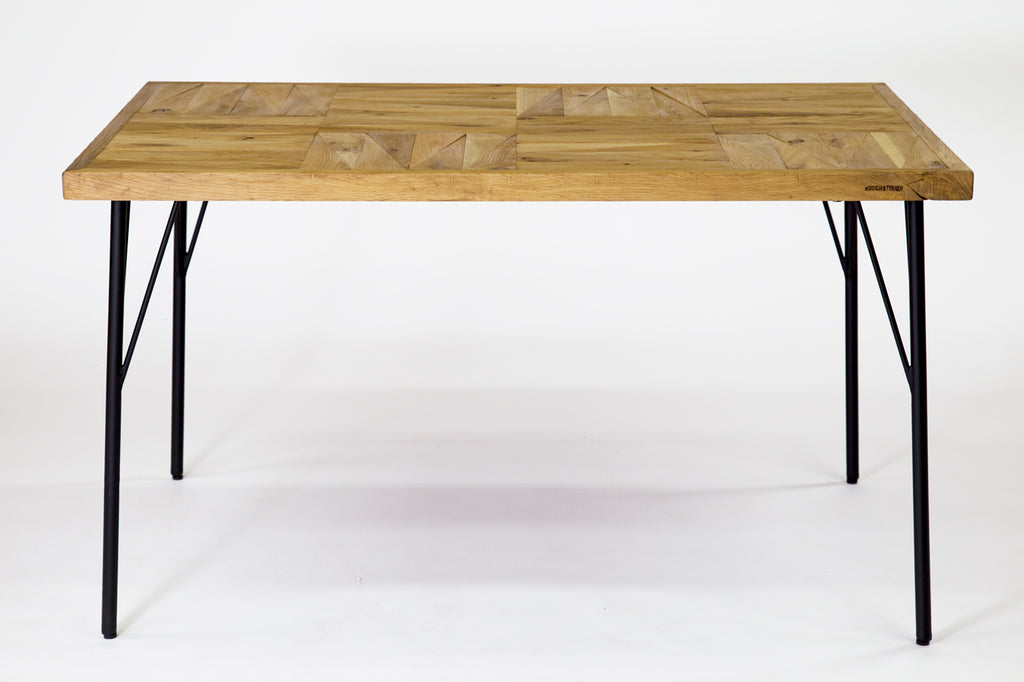 PARCS DINING TABLE ( OAK )