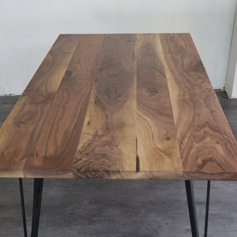 ZELDA DINING TABLE ( Walnut )