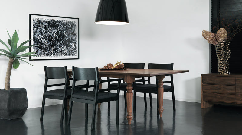 BELLADONNA DINING TABLE W2200