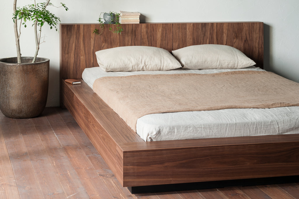 THE WOOD BED