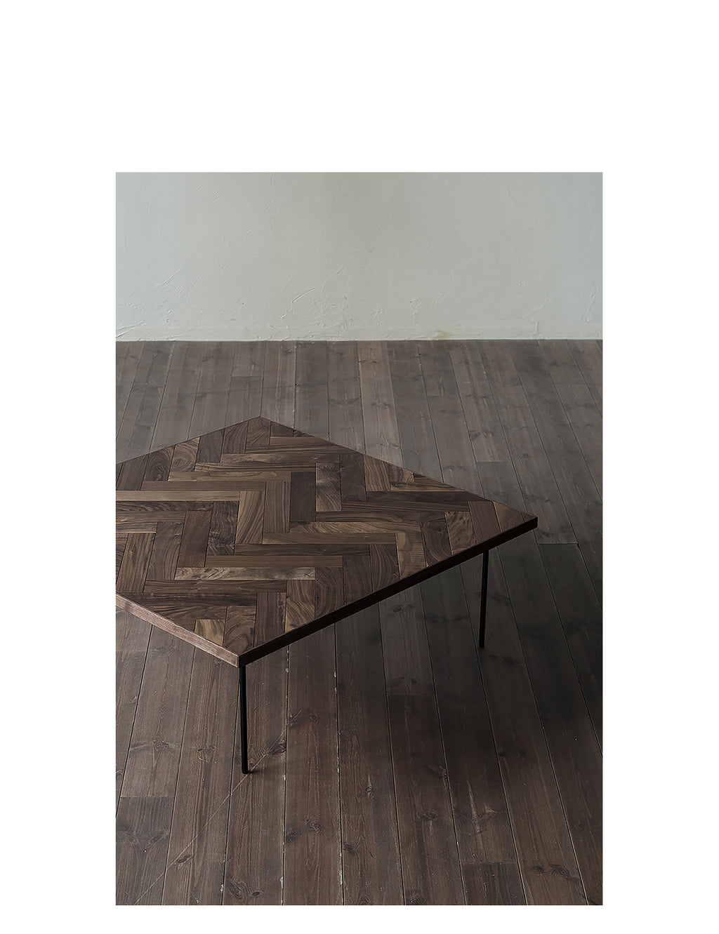 Ms. Herring Low Table ( Square )