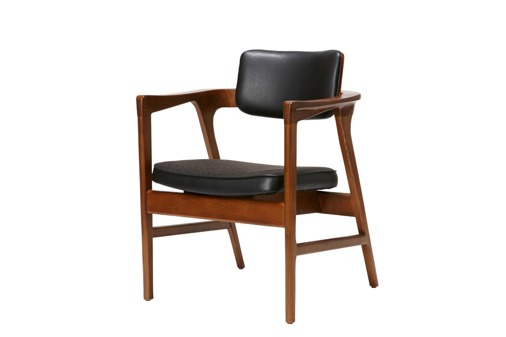 WARNER ARM CHAIR