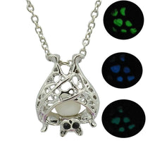 Load image into Gallery viewer, Luminous Bat Pendant