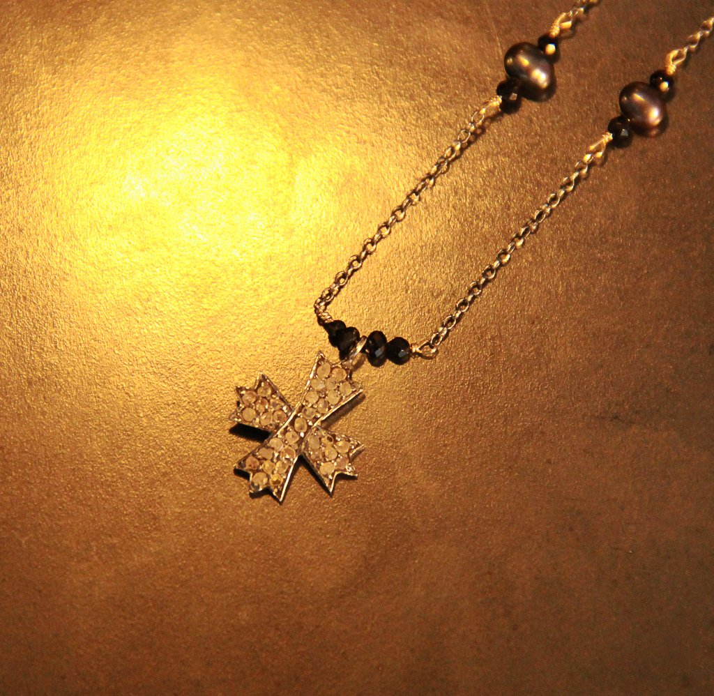 Cross and Diamonds