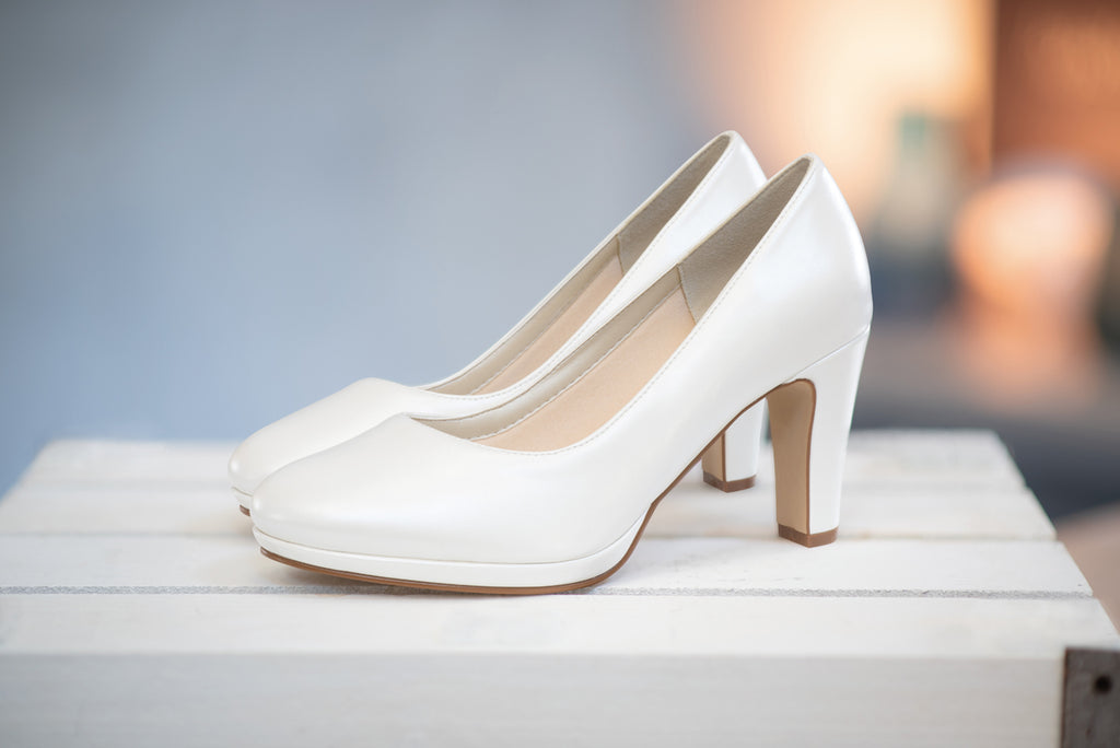 Everything you wanted to know about bridal shoes