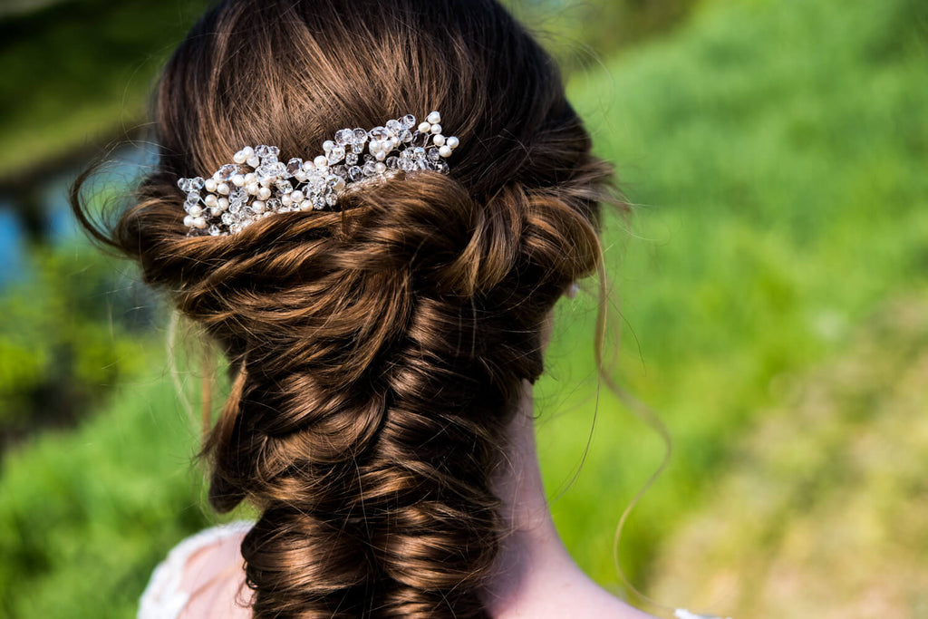 Styling tip | Hair comb bride for every style