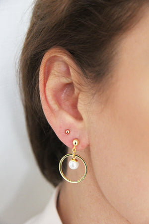 Earrings modern gold pearl dangles