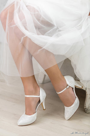 Imola with lace bridal shoes