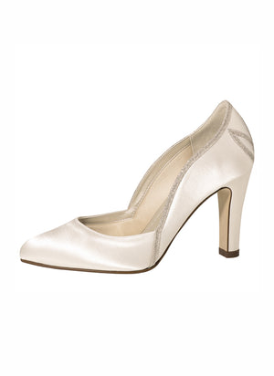Bridal shoes Kourtney- In White Shop