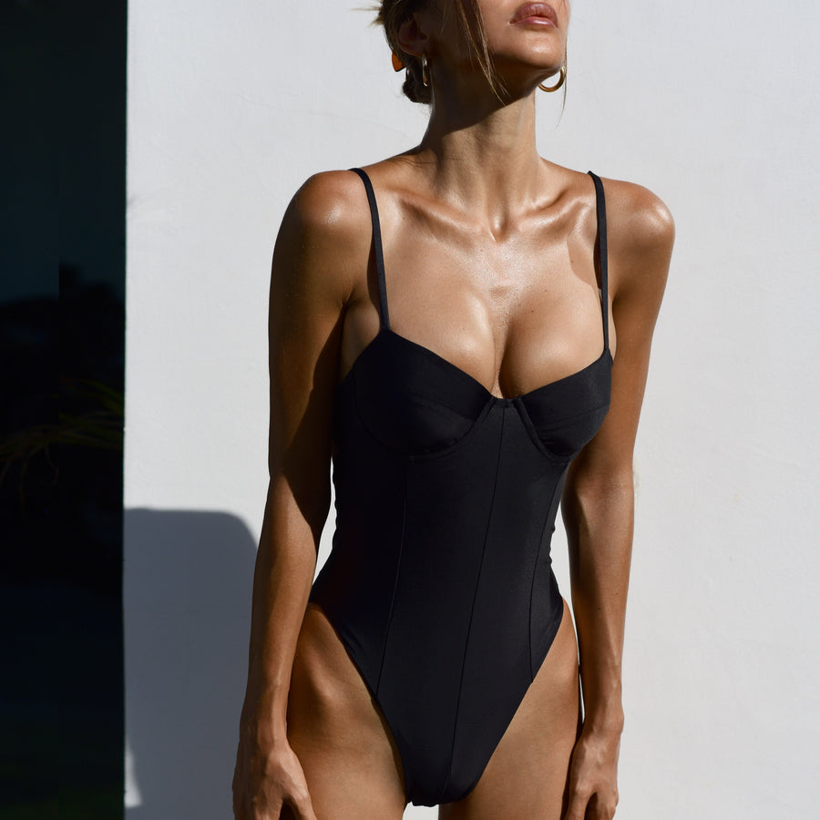 ELLY BLACK ONE-PIECE SWIMSUIT - VDM