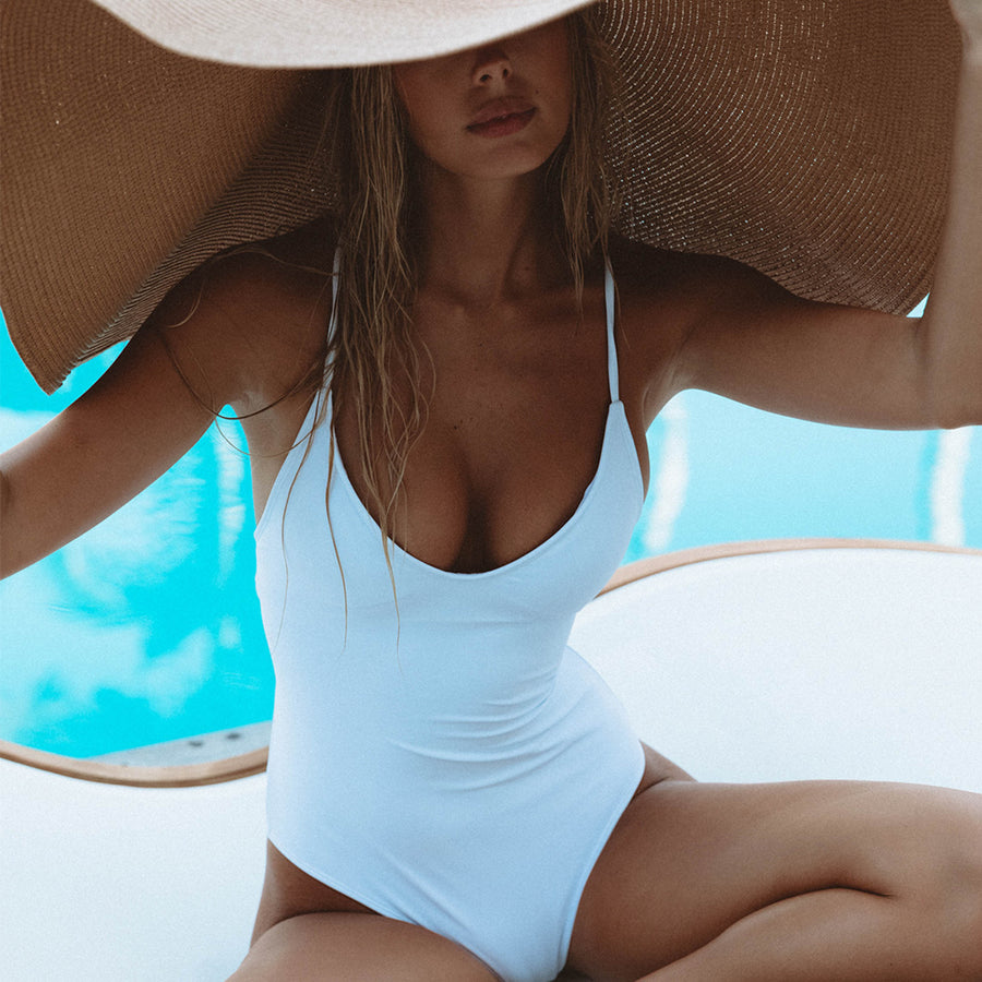 SAVANNAH WHITE ONE PIECE