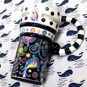 Fantastic Painted Ceramic Mug With Lid And Spoon