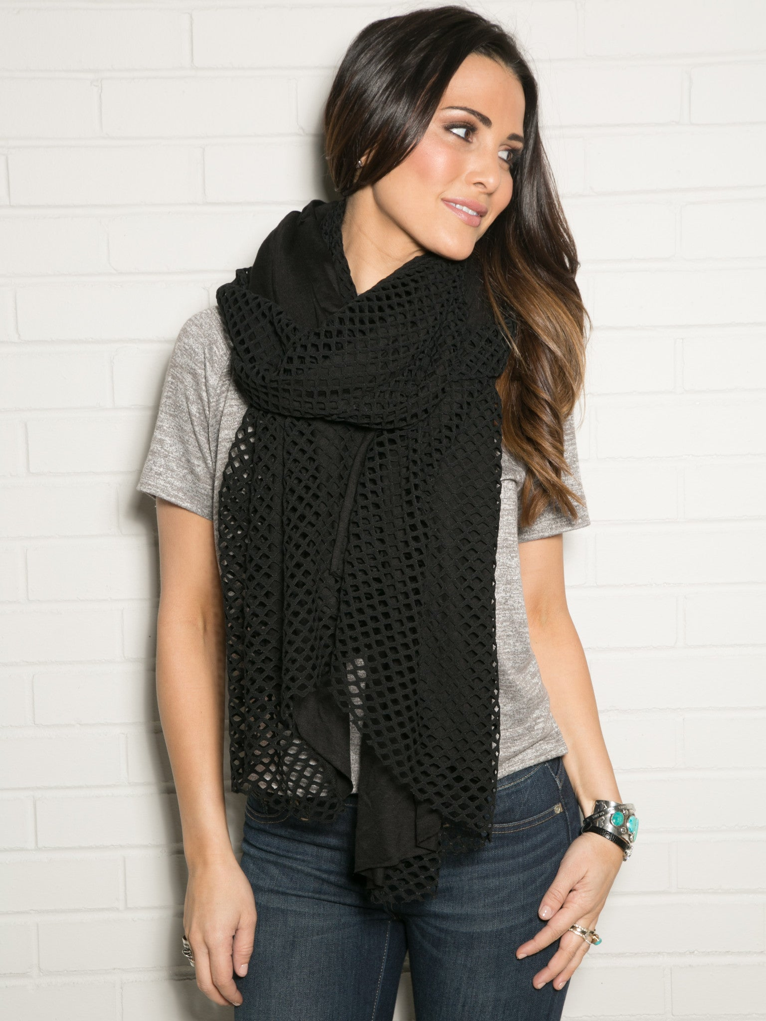 BLACK CUTOUT WRAP WITH JERSEY