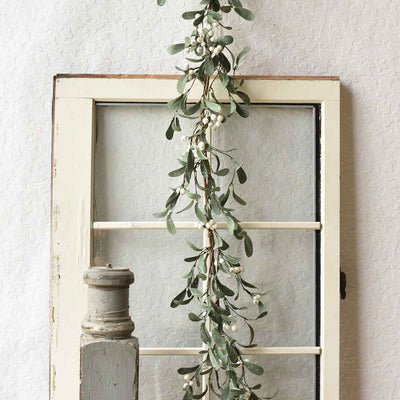 Snowberry Mistletoe Garland