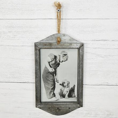 Rusty Metal Hanging Frame