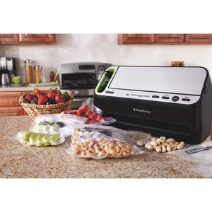 Foodsaver V4400 2-in-1 Vacuum Sealer Machine with Automatic Bag Detection and Starter Kit | Safety Certified | Black & Silver
