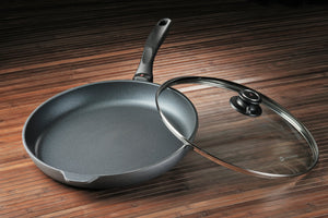 Swiss Diamond Nonstick Fry Pan with Lid - 12.5""