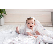 Load image into Gallery viewer, aden + anais leader of the pack 4 pack swaddles
