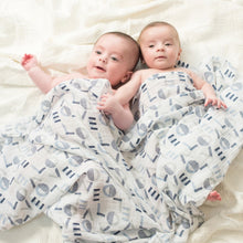 Load image into Gallery viewer, aden + anais waverly 4 pack swaddles