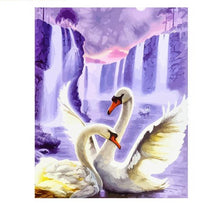 Load image into Gallery viewer, Swan Animals