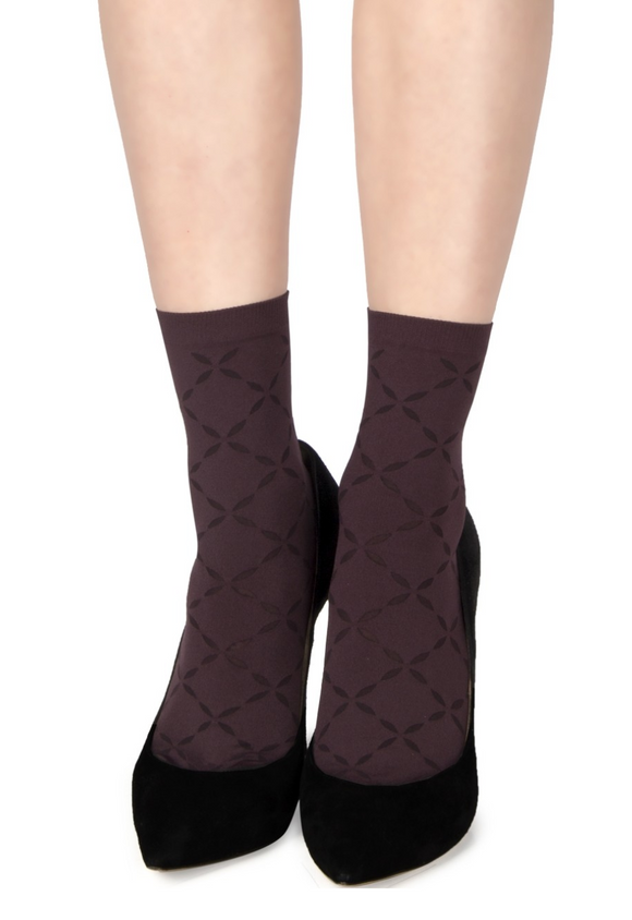 Emilio Cavallini 5C32.5.52 Soft Diamond Sock - aubergine / wine / purple opaque fashion ankle socks with sheer diamond pattern