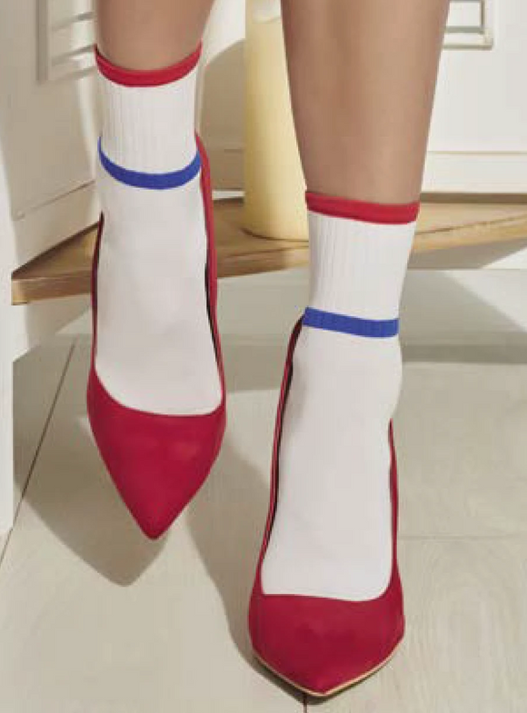Trasparenze Noce Calzino - Opaque fashion ankle socks with a sports style stripe in blue and red. Available in black and white.