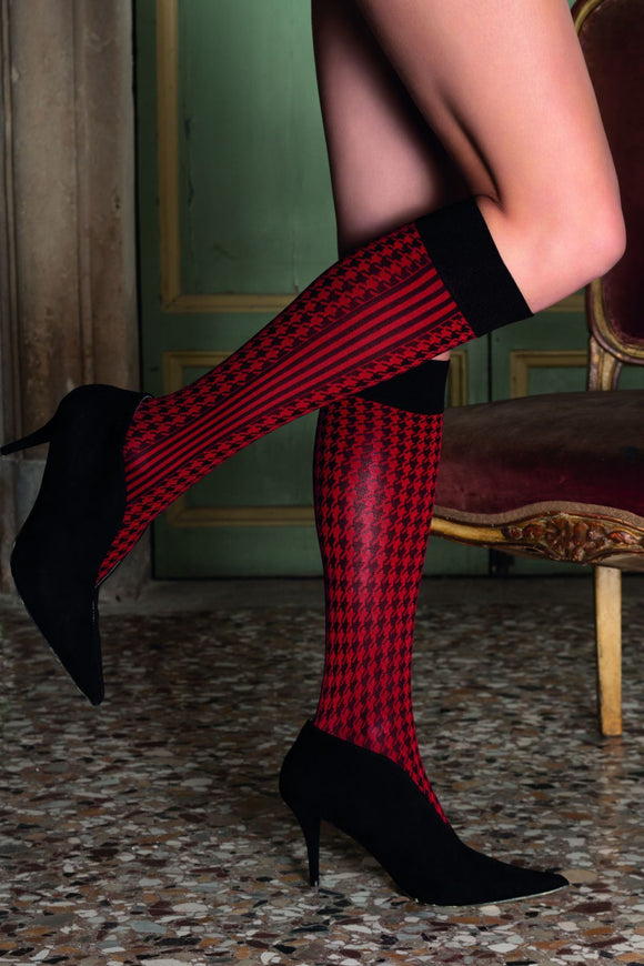 Trasparenze Drago Gambaletto - Soft matte opaque fashion knee-high socks with black and red woven houndstooth pattern, side stripes and deep comfort cuff.