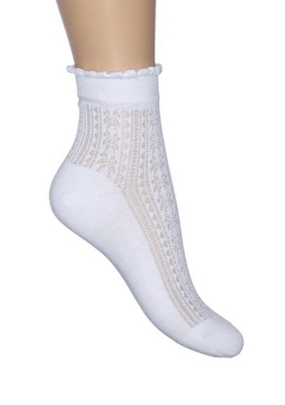 Bonnie Doon BN34.11.16 Girly Sock - white openwork crochet cotton socks with scalloped cuff