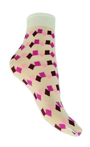 Omsa 3019 Ginger Calzino - Sheer white fashion ankle sock with a square and diamond pattern in shades of pink.