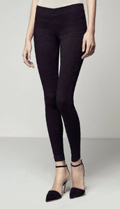 Omsa 3031 Cover Story Leggings - High waisted trouser leggings with stretch fabric and circular damask style textured pattern. Available in black and navy.