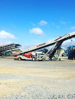 Reasons To Use Stockpile Conveyors Over Wheel Loaders