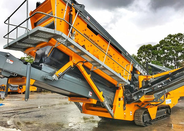 Triple Deck Screen - Anaconda SR514 Mobile Scalping Screener Machine - Tricon Equipment Australia