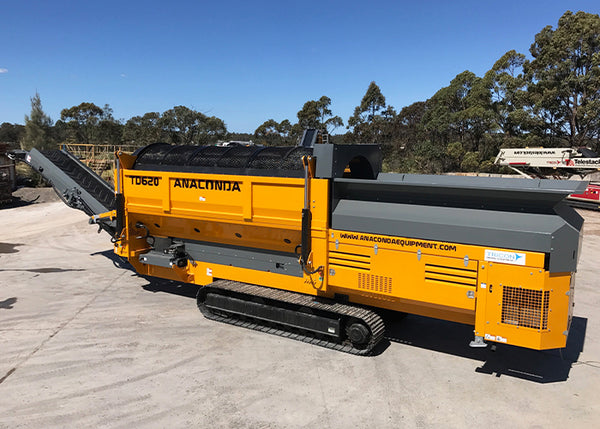 Trommel Screen Conveyors - Anaconda TD620 Tracked Trommel Screening Machine - Tricon Equipment Australia