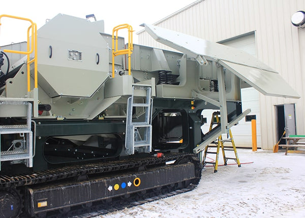 Tracked Crushing Machine - Lippmann LJ-2950 Jaw Crushing Machine - Tricon Equipment Australia