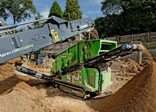 Reclaimer Screen Conveyor - Terex EvoQuip Harrier 220 Double Deck Scalping and Screening Machine - Tricon Equipment Australia