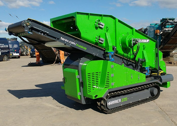 Double Deck Scalping Screen - Terex EvoQuip Harrier 220 Double Deck Scalping and Screening Machine - Tricon Equipment Australia