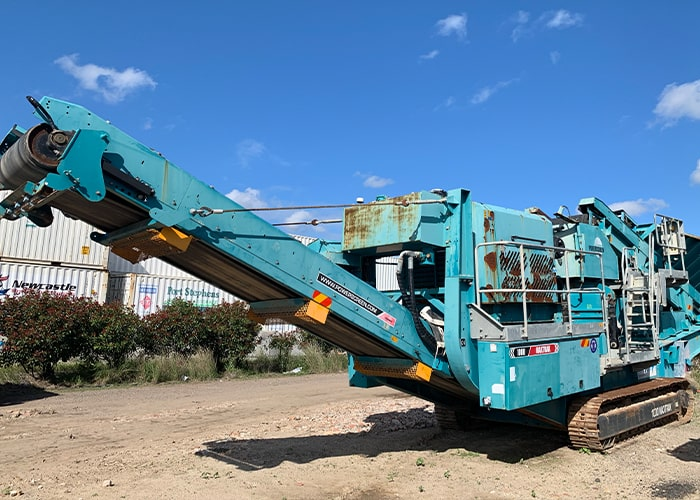 Crushing Conveyor - Terex Pegson Maxtrak 1000 Cone Crushing Machine - Tricon Mining Equipment