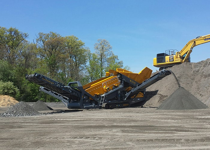 Reclaimer Screen - Tesab TS1550 2 Deck Vibrating Rock Screen - Tricon Australia