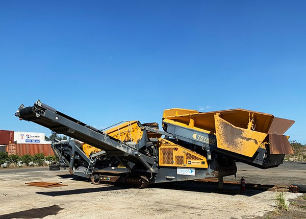 Bulk Materials Double Deck Screen - Tesab TS1550 2 Deck Vibrating Rock Screen - Tricon Australia