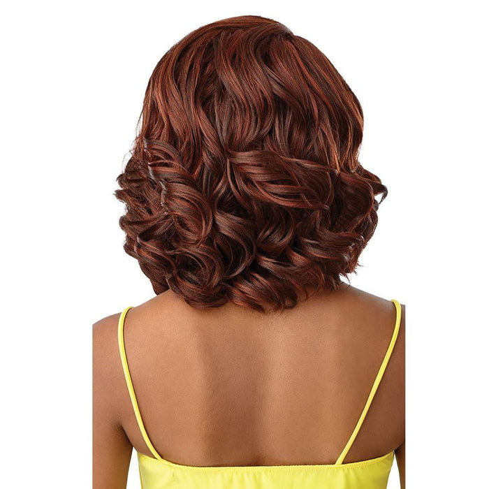 DELANIA | The Daily Synthetic Lace Part Wig.