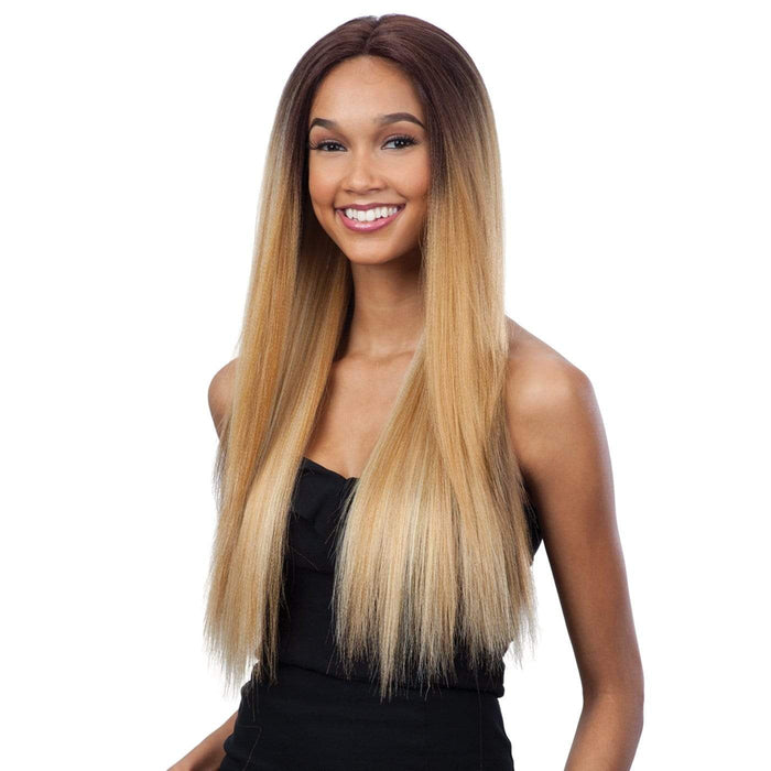 EVLYN l FreeTress Synthetic Premium Delux Lace Front Wig - Hair to Beauty l Color Shown: TSNUDE