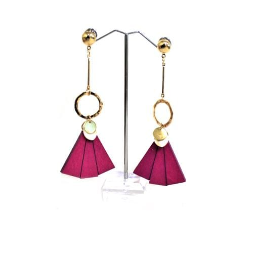 E0099 | Gold Earrings with Dangling Pink Wooden Fan - Hair to Beauty