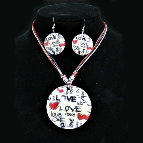 S0046 | Red Heart Love Written Shell Disc Necklace & Earring Set.