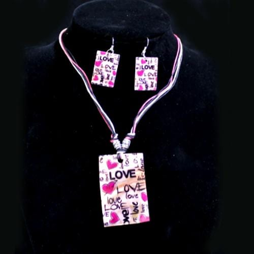 S0111 | Pink Heart Love Square Shell Necklace & Earring Set.