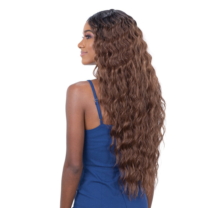 LITE LACE 005 | Lace Front Wig - Hair to Beauty | Color Shown: OT30