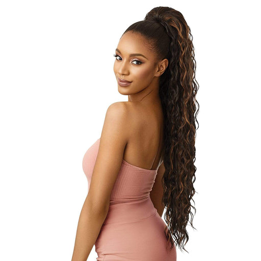 LOOSE DEEP 34″ | Pretty Quick Synthetic Ponytail - Hair to Beauty | Color Shown : F4/30